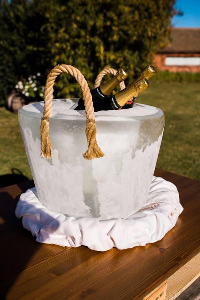 Champanera de hielo