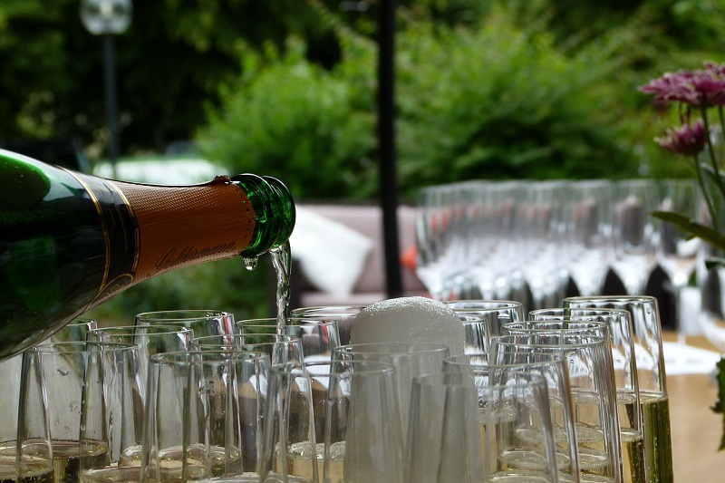 champagne-215642_1280