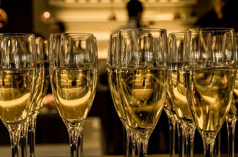 champagne-583410_1280